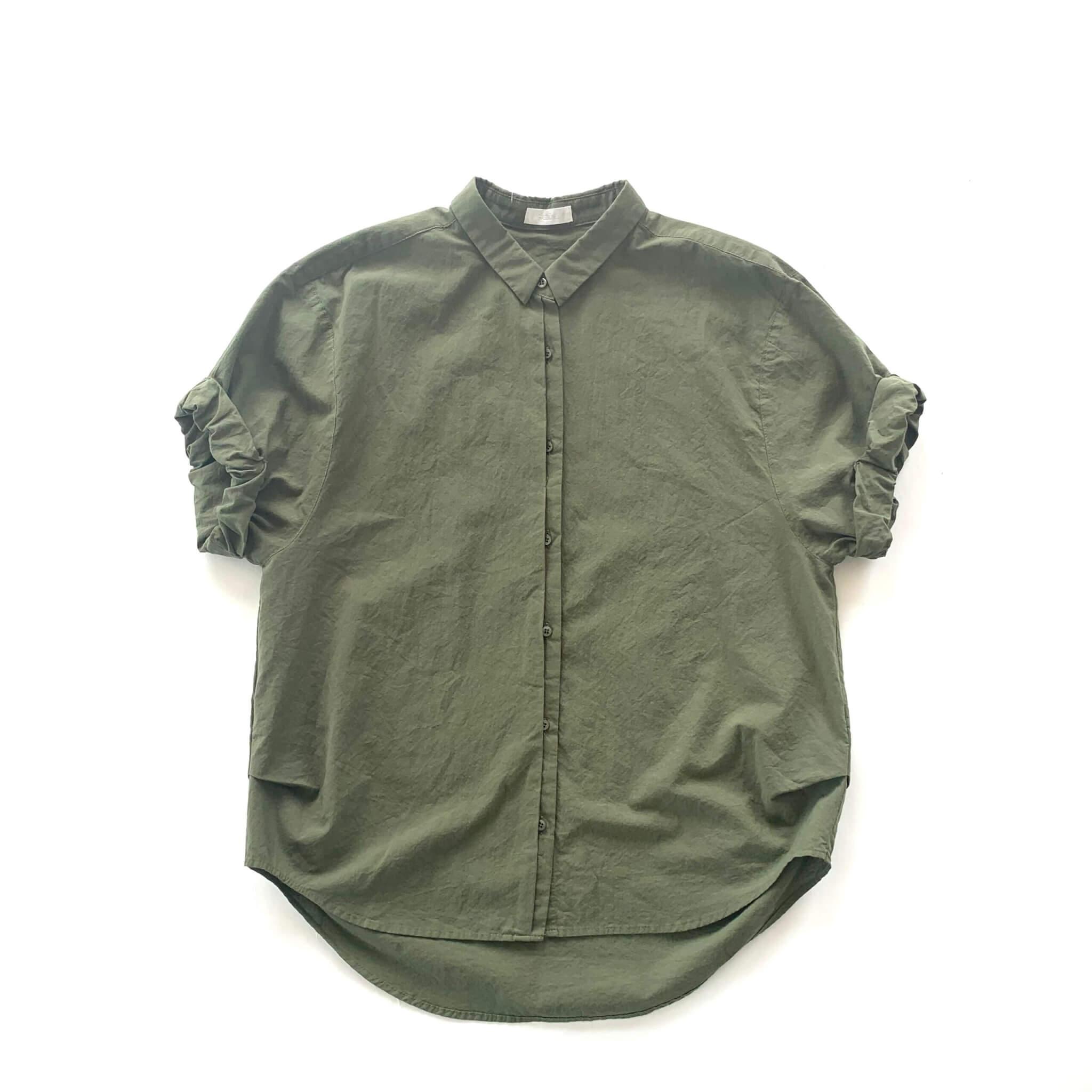 ロールアップスリーブシャツ